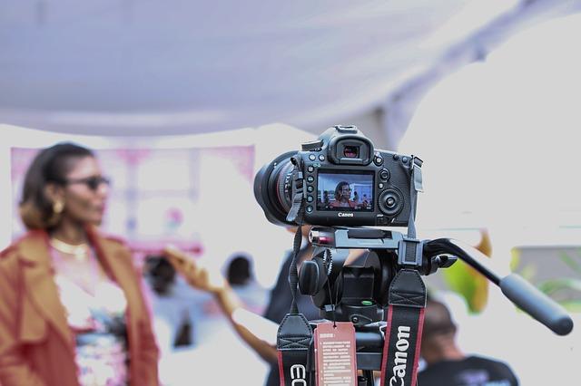 איך בוחרים מצלמה דיגיטלית מקצועית?